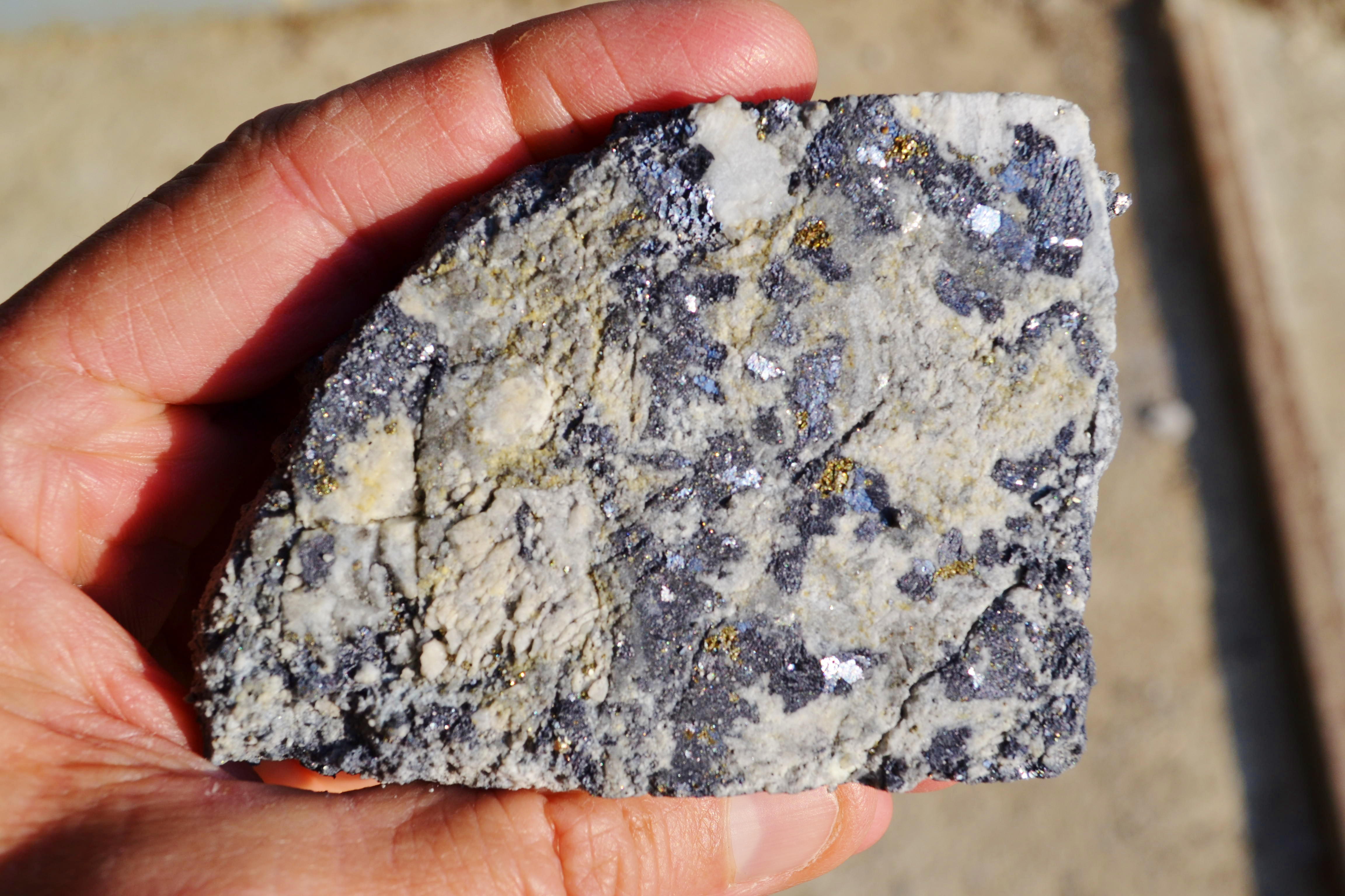 Lead-zinc-silver mineralized core sample from Balya.